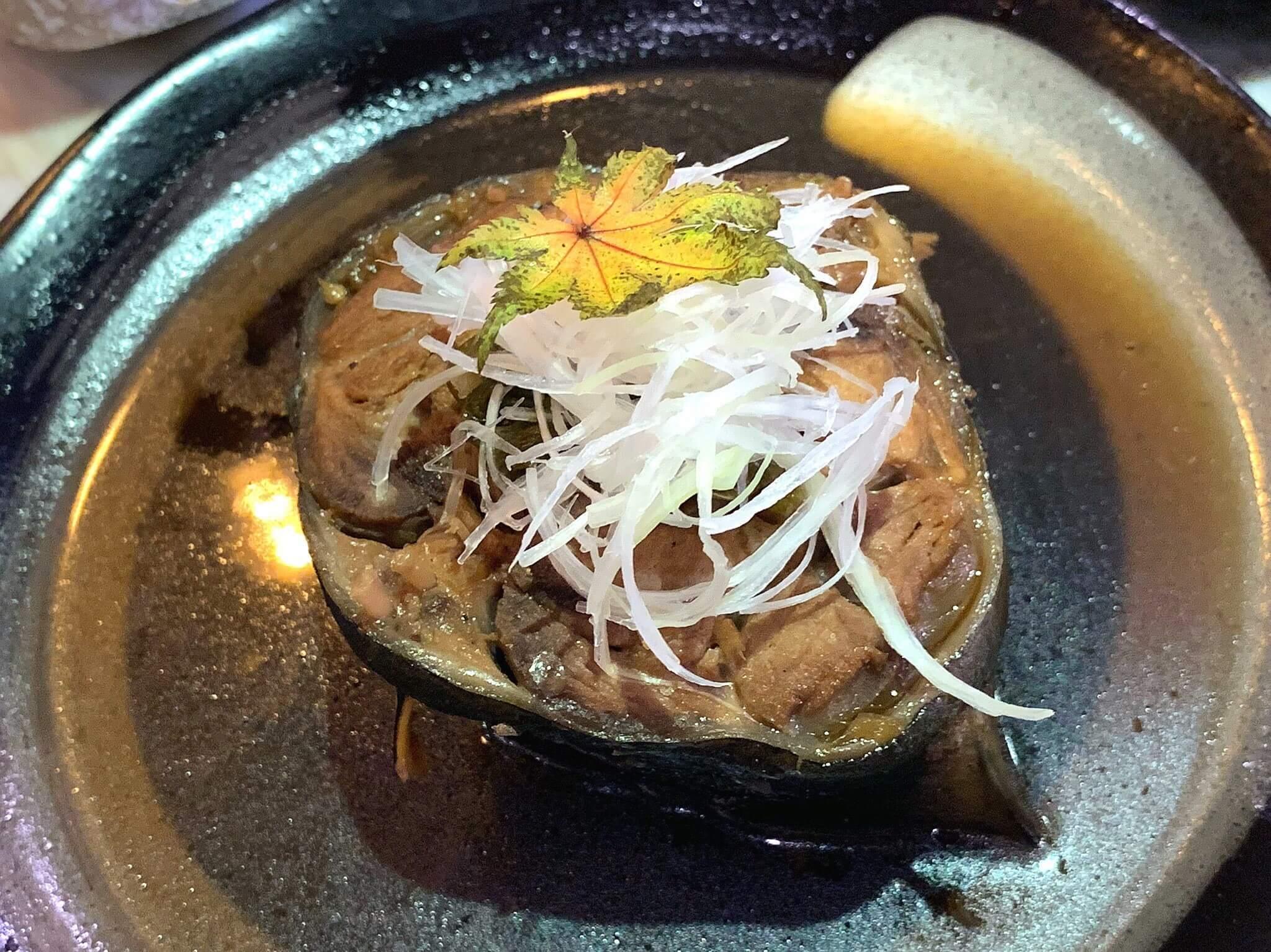หางปลาทูน่าต้มซีอิ้ว